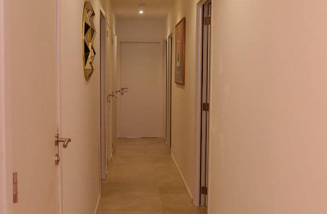 Salon de beauté - accès aux cabines